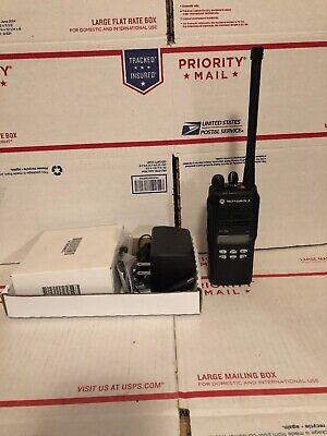 Motorola Ht-1250  Vhf 136-174mhz 128ch 5w Aah25kdf9aa5an Ht-1250