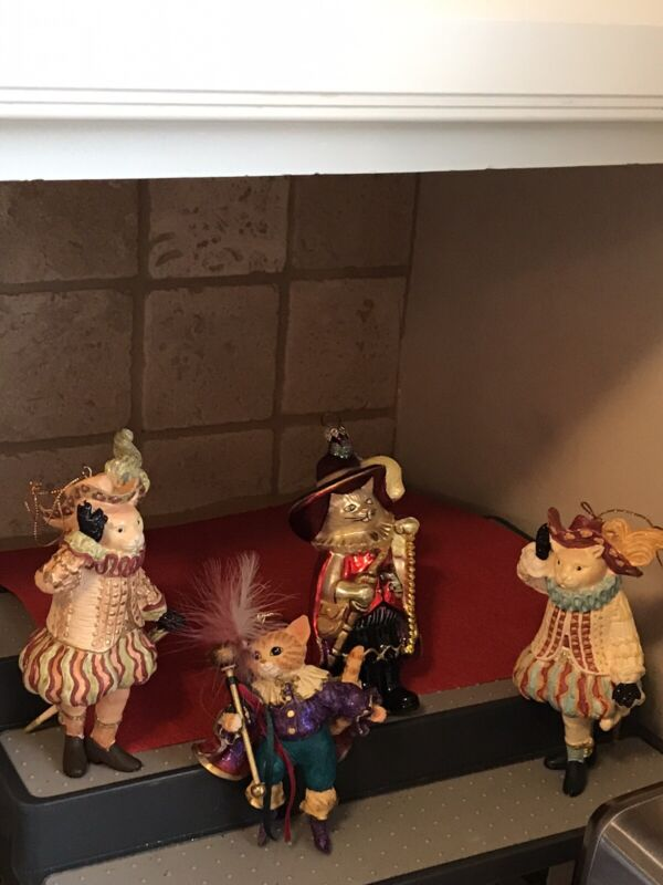 Set of 4 Cat Musketeer Ornaments