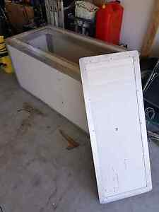 Camping / boating Ice Box Ormeau Gold Coast North Preview