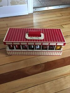 Melissa and Doug Wooden Horse Stable with Horses!