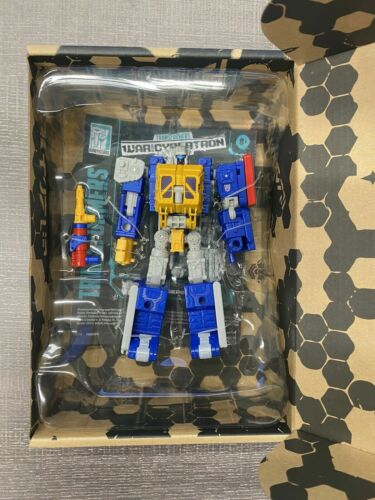 Transformers Earthrise Deluxe Class WFC-GS12 Greasepit Hasbro In Stock!