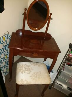 Sofa, Washing machine, Refrigerator, Dressing table, Coffee table Hurstville Hurstville Area Preview
