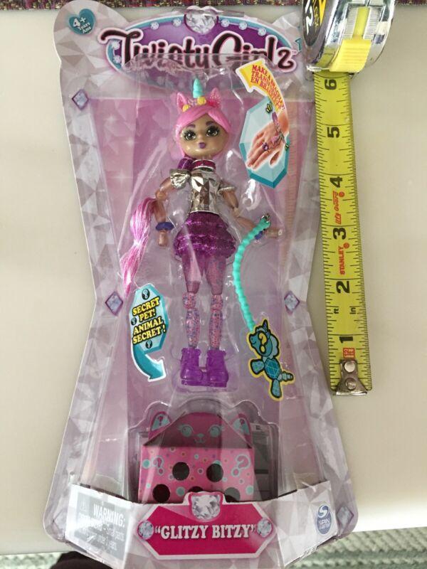 Twisty Girlz Series 1 *Glitzy Bitzy* Transforming Bracelet Figure Toy for Girls
