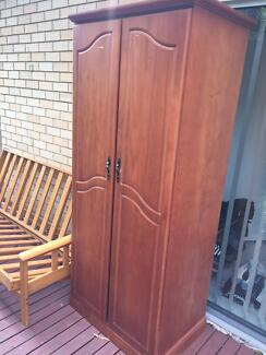 Wardrobe and sofa bed structure