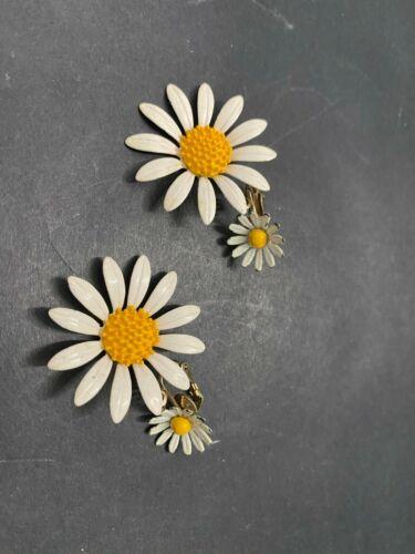 Vintage Daisy Drop Dangle Enamel Clip Style Earrings