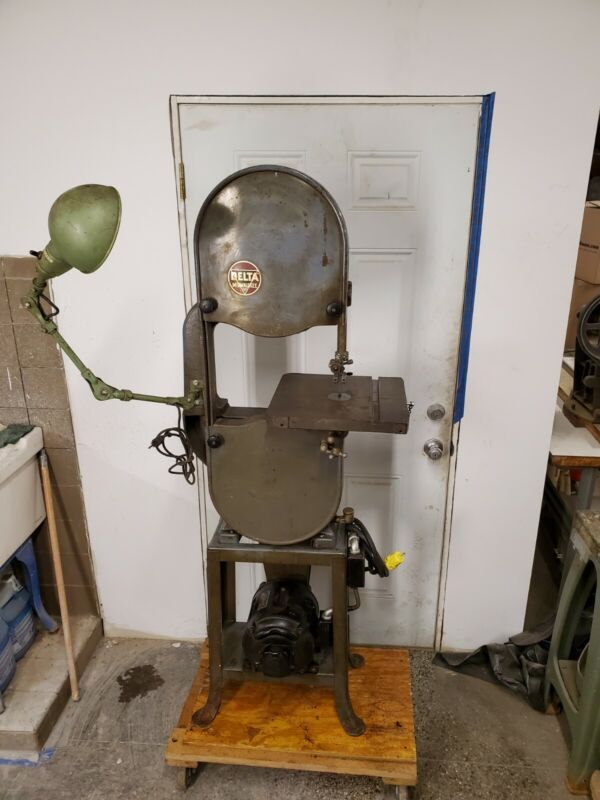 Delta 14 inch bandsaw wood and metal