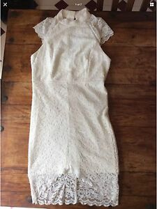 Women's cream/white lace dress. Size L The Basin Knox Area Preview
