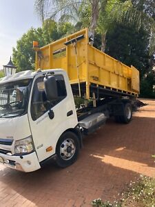 2012 Hino 300 916 tipper Auto 111,000kms