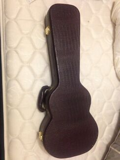 Maroon crocodile skin print tenor ukulele hard case Kalamunda Kalamunda Area Preview