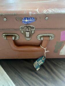 Vintage 1950's Safe Pak Travel Luggage Suitcase TAA P&O Travel Tags