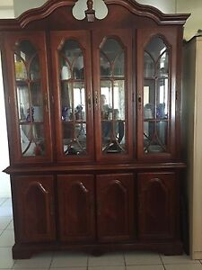 Beautiful Mahogany display/buffet cabinet Boronia Heights Logan Area Preview