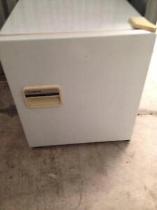 Mini bar fridge Campsie Canterbury Area Preview