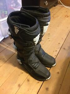 Size 12 Thor motocross boots