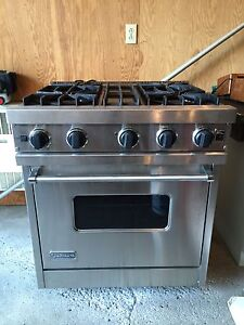 "VIKING UltraLine 30""inch Professional Gas Range"