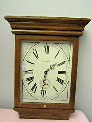 HOWARD MILLER Wall Clock Vintage Model 613-239 Fables Quartz 19 Oak Wood, USA