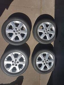 4 Holden astra mags 16 inch 205 / 50 /16 near new tyres Cessnock Cessnock Area Preview