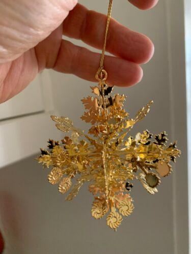 Metropolitan Museum of Art Snowflake Geometric 3D Gold Plated Christmas Ornament