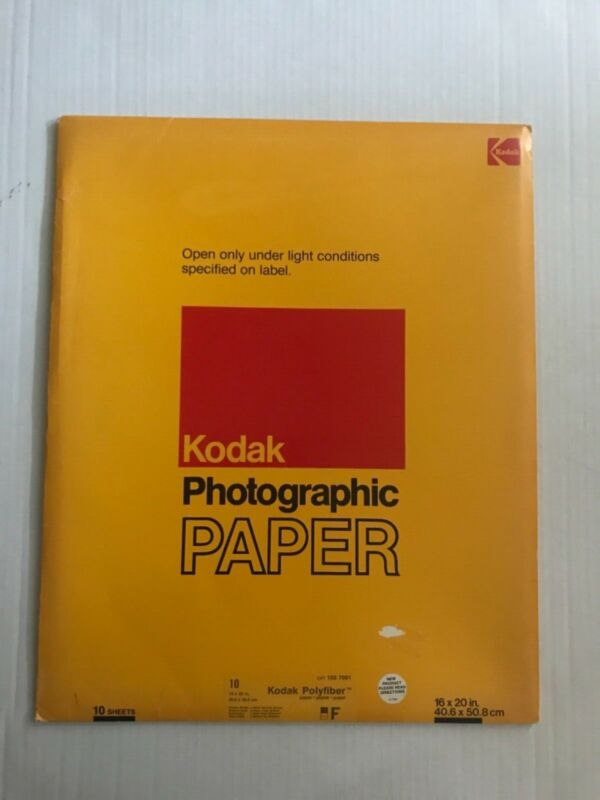 """SEALED NOS Vintage Kodak Polyfiber F Photographic Paper 16""""x20"""" Double Weight"""