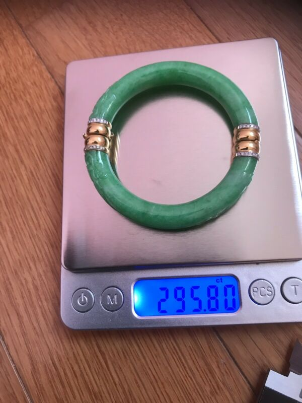 Grade A Jadeite Bangles, Antique, Very Nice, Guarantee Authentic ,With Box