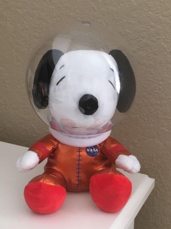 Snoopy Peanuts Hallmark NASA 50th Anniv Astronaut Plush Orange Suit Helmet