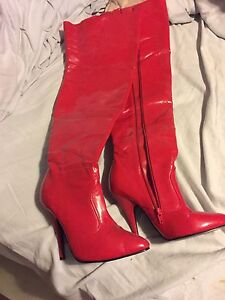 Thigh high boots size 8 West Island Greater Montréal image 1