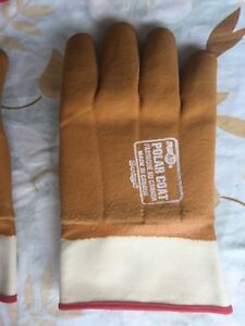 Neoprene industrial gloves.