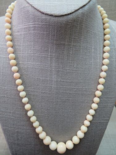 """14k Vtg Angel Skin Coral Beads Necklace 20"""" Hand Knotted 5-11mm Graduated Beads"""
