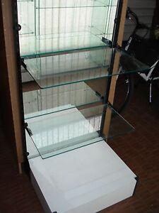 5 vetrine esposizione prezzo cadauna 50 euro - Italia - 5 vetrine esposizione prezzo cadauna 50 euro - Italia
