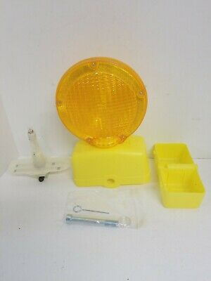Road Construction Highway Barrier Barricade Flashing Amber Light New With Pin
