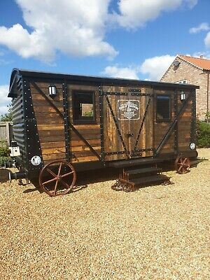 Log cabin Shepherds hut Glamping Summer House Office Railway Carriage 1930