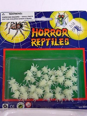 White Horror Flies Halloween Party Trick Or Treat Plastic Joke Prank](Halloween Trick Or Treat Pranks)