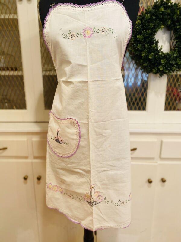 Vintage Full Apron Embroidered Cotton Bobbin Lace Trim