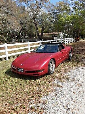 2000 Chevrolet Corvette  2000 Chevrolet Corvette