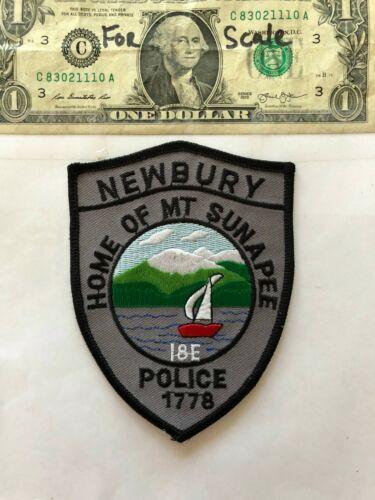 Rare Newbury New Hampshire Police Patch (Mt.Sunapee) un-sewn in mint shape