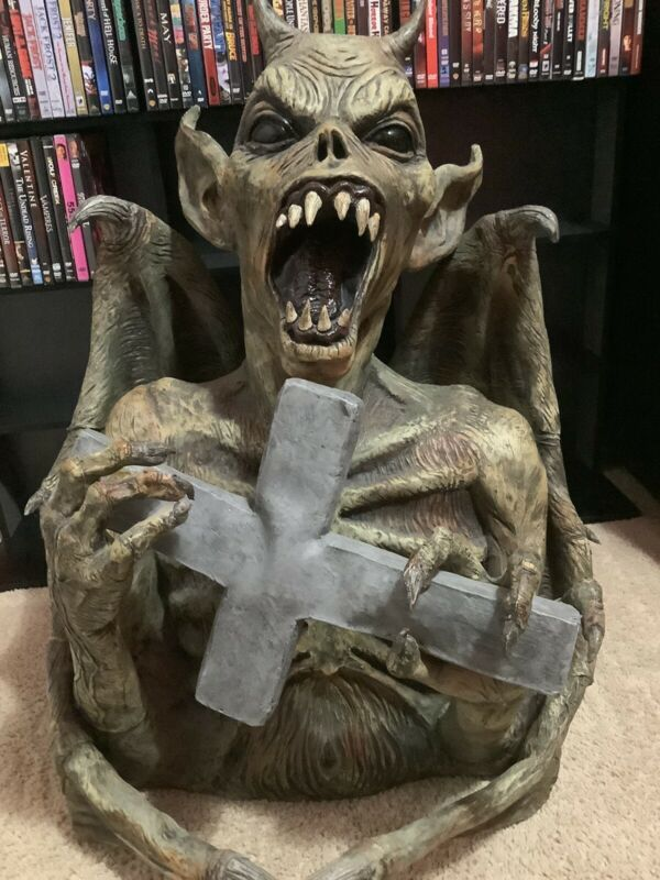 Spirit Halloween Prop Latex Demon Cross 2006 Decoration rare scary devil