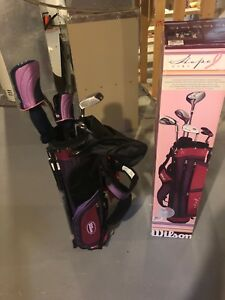 Used Wilson Hope junior girls golf set