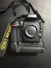 Nikon D800 + MB-D12 Battery Grip - Like Brand New South Yarra Stonnington Area Preview