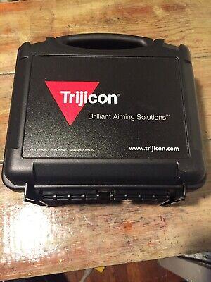 TRIJICON ACOG 4X32 GREEN HORSESHOE DOT 6.8 RETICL