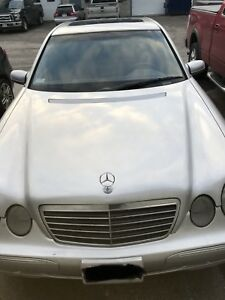 $2500 firm this weekend only. 2000 Mercedes-Benz E320 4matic