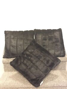 "New 3 faux mink 18"" cushion black"