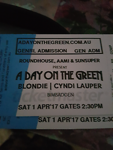 Cyndi lauper and BLONDIE Concert North St Marys Penrith Area Preview