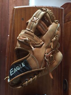 Eagle Baseball Glove / Mit / Softball
