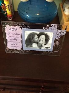 Mom picture frame brand new in box