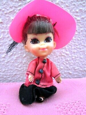 1960 NICE VINTAGE MATTEL LIDDLE KIDDLE WEARING ORIGINAL COSTUME WITH HAT