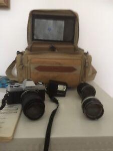 Caméra analogue Minolta X-370. 35mm avec valise