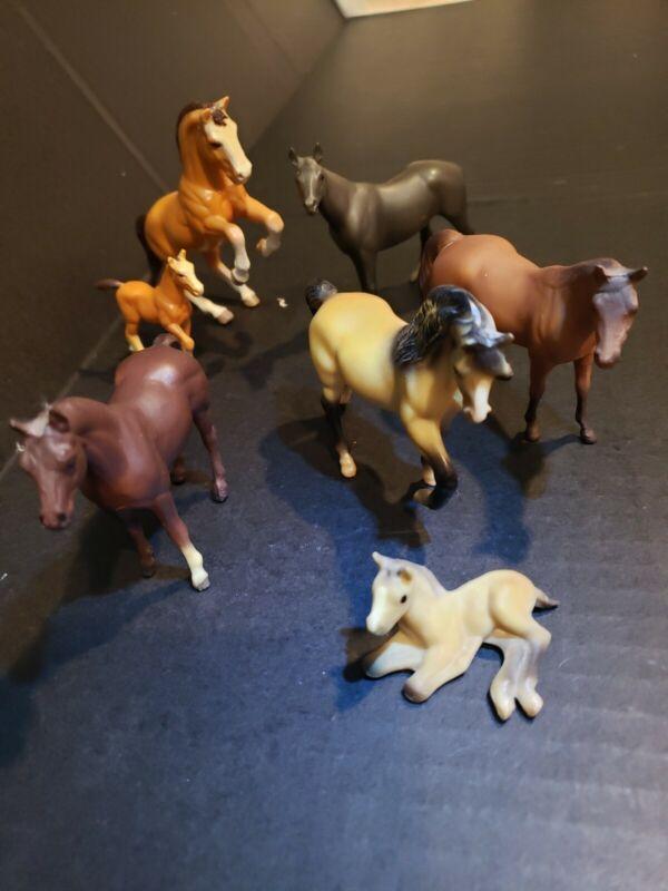 Vtg Breyer Horse Lot (5) Mini Miniature HORSES  Figures 1975 & 1976 (2) Ertl