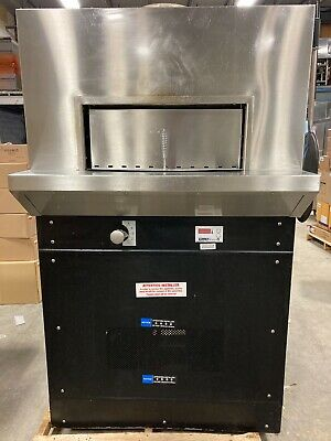 2016 Woodstone Ws-bl-4343-rfg-ng Bistro Stone Hearth Pizza Oven Natural Gas Nice