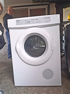 Fisher and Paykel aerosense dryer Taren Point Sutherland Area Preview