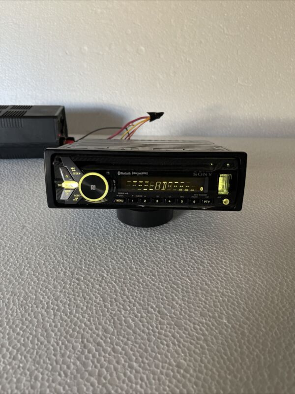 Sony MEX-N5000BT (used and fully functional, excellent condition)