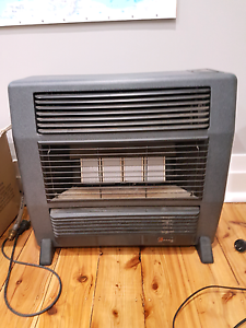 Lancer Everdure 4 burner gas heater 15MJ Daceyville Botany Bay Area Preview